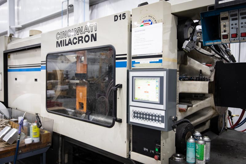 Cincinnati Milacron Molding Press